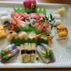 若草寿司 - 料理写真:二人前 一番人気の  おまかせ二人前   7600円 赤貝は 残念ながら 禁漁期間 でした    ざんねん (~_~;)