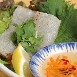 お酒のお供にもあう逸品料理!本格ベトナム料理で一杯いかが?