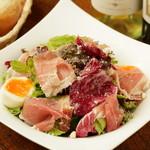 ワインバー繭 - イタリア産生ハムのシーザーサラダ