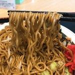 駅ナカ食堂 なの花 - 【2017年06月】学生ジャンボ焼きそば、麺リフト(^○^)