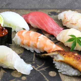 """寿司職人が丹精込めて握る""""本物の寿司""""をお手頃価格で"""