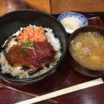 88027223 - 漬けマグロ三色丼1,000円