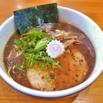 守山塩元帥 - 料理写真:濃口醤油ラーメン(810円)