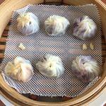 鼎泰豐 - 甘い小籠包3種盛り (あん・マンゴー・むらさき芋あん : 各2個入り)