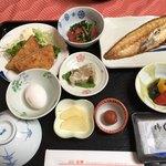 ホテル大将 - 1日目の朝食です。