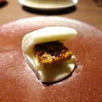中国菜エスサワダ - ☆フォアグラ蒸しパン(^◇^)☆