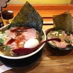 88041695 - 「特製すごい煮干しラーメンローストポーク丼セット」(1380円)