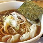 タナカ90 - 料理写真:ワンタン中華そば(小盛) 830円 程よい煮干感。