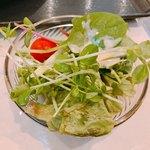 オキナズ カイナンケイハン - パクチーバー食べ放題10円