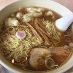 大勝軒 - 料理写真:ワンタン麺 大盛