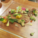 Chez TAKA HIGASHIAZABU - イサキのマリネとアワビのポアレ 夏野菜の庭園風 トリュフソース