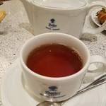 88050131 - 紅茶 490円