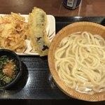 丸亀製麺 - 釜揚げうどん並+野菜かき揚げ+茄子天