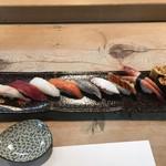 寿司割烹 徳川 - 料理写真:にぎりランチ