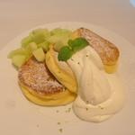 幸せのパンケーキ - 茨城メロンのパンケーキ ライムの香り