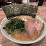 清水家 - 料理写真:ラーメン並 700円