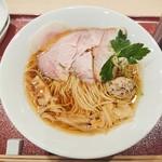 麦と麺助 - 料理写真:中華そば 850円