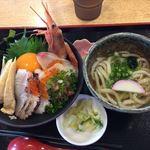 魚食堂たわら - 海鮮丼セット