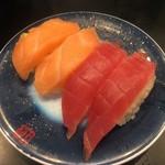 もり一 - 「まぐろ」150円&「サーモン」150円