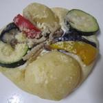 ファリーヌ - 野菜フォッカチャ