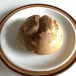 洋菓子 タカクワ - シュークリーム @170