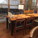 創新柳麺 健美堂 - テーブル席