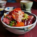 鮨岡 - 本気丼(小盛)