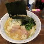 中島家 - 料理写真:ラーメン680円+薬味増し100円