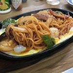 黄金屋 - 料理写真:鉄板スパゲティ