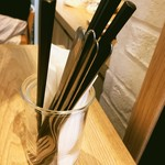 イル ソーレカリーノ - カトラリー お箸があるのがいいですね!