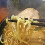 88099326 - 平たい丸太麺。もっちもちー