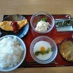 盛岡月が丘食堂 - 朝食セット(400円)