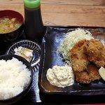 バンビの串揚げ - カキフライ定食