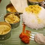 ケララの風II - アチャールは少し辛く、湯取りのインディカ米がパラリと軽やか