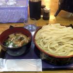 秀吉うどん - 肉うどん大盛り750円
