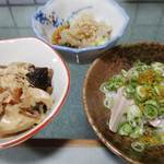 うどん高橋 - 野菜の炊合せ、酢の物、あこう鯛キモ