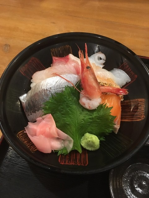 みづき屋 - 特選海鮮丼(いくらなし)