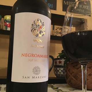 イタリアワインを中心にご用意してます。