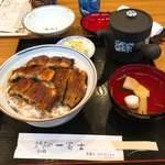 88114206 - 鰻丼