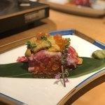 Mizutakiginjoumotsunabeyuno - 特上うにく寿司