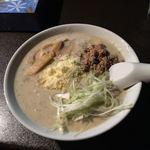 俺のイケ麺 - 濃厚カルボナーラーメン 690円