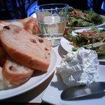 8812877 - 手前の白いのはバター。クリームチーズに近いです