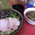 上越家 - 大盛つけ麺(¥890)+きくらげ(¥80)+岩のり(¥100)