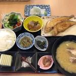 ダイニング福八 - お魚定食
