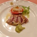 ピッツェリア・サバティーニ - マグロの炙りカルパッチョバジルマヨネーズソース