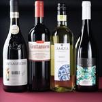 トラットリア・クラウディア - 様々なワインをご用意しおります。