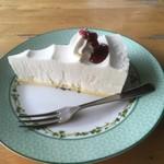 ぶん - 料理写真:ケーキ アップ