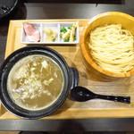 つけ麺たつ屋 - つけ麺880円