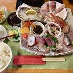 磯料理 光力 - 「連休限定  おまかせ刺身定食」1600円