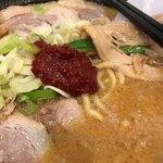 88139737 - 味噌チャーシュー麺に豆板醤